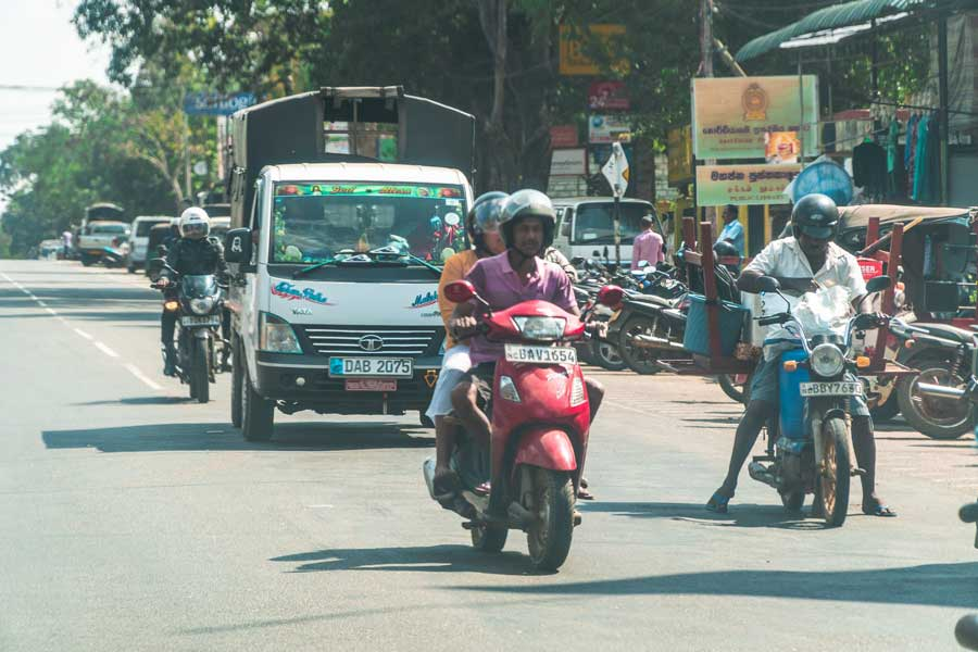 traffic in sri lanka