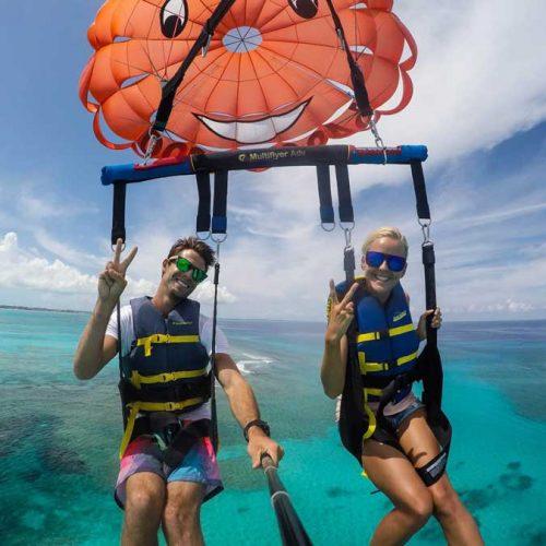 parasailing grace bay